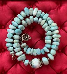 ogrlica od Larimara sa srebrnim elementima