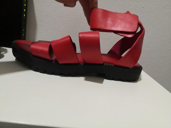 Tamno/zgasito crvene h&m  sandale