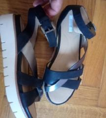 PRILIKA! GEOX kožne sandale