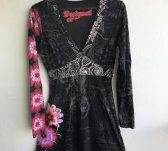 Desigual pamučna haljina sa mnoštvo detalja