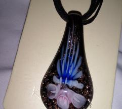Ogrlica od stakla