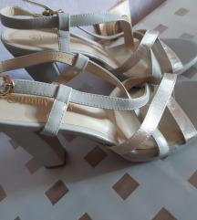 nove sandale na petu 40-41
