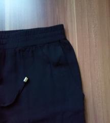 YESSICA C&A crne lagane hlače