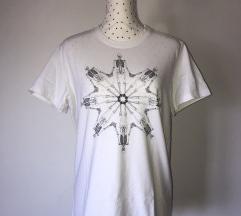 Dizajnerski T-shirt