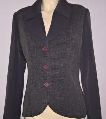 Sivi komplet sako i duga suknja Modea veličina 40