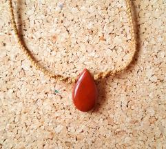 Unikatna ogrlica sa kristalom crvenog jaspisa