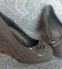 Lakirane cipele platforme 37