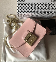 Furla metropolis roza torbica hitno prodajem