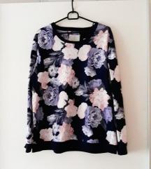 F&F cvjetna majica kao nova L-XL