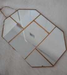 Stradivarius ogledalo