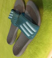 Adidas natikače papuče br.40