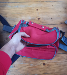 Oriflame crvena torbica