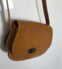 Handmade žuta torbica (pt uključena)