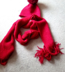Crveni komplet šal i kapa Sniženo!