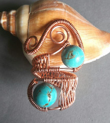 Prsten od bakrene žice i tirkiza