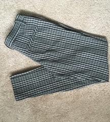 Karirane hlače s