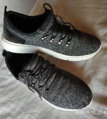 Srebrno crne šljokičaste cipele tenisice 38 39