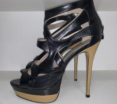 %% Sisley crne sandale