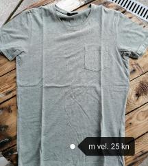 Muske majice po 30 kn