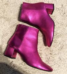 Ljubicaste metalic cizme