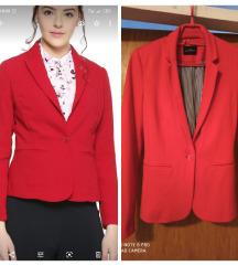 Novi crveni sako