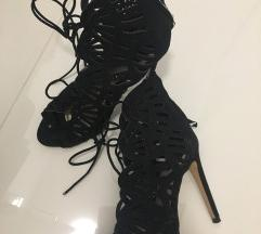 Zara crne cipele
