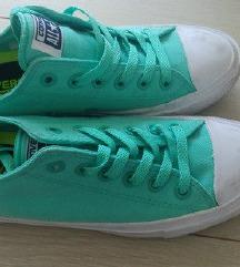 Starke zelene
