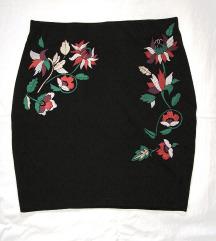 NOVO! Crna suknja sa cvijecem