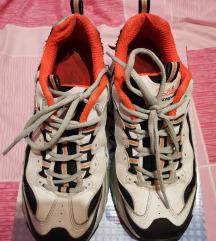 Skechers tenisice, vel. 38