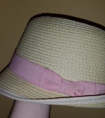 H&M šešir