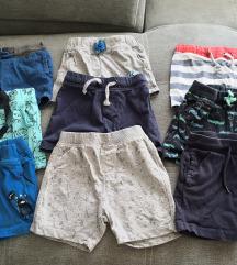 Lot kratkih hlačica