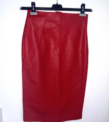 Kozna crvena suknja