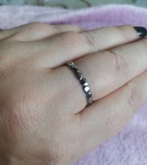 Prsten od čelika