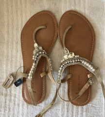 NEW LOOK nove nenosene wide fit sandale 43