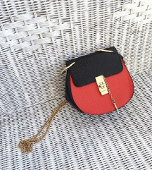 NOVO / mala crvena kožna torba