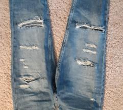 H&M potrgane plave traperice, S