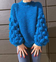 Ručno pleteni džemper