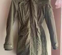 Zimska Guess jakna