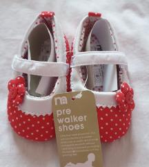 NOVO crvene cipelice za curice