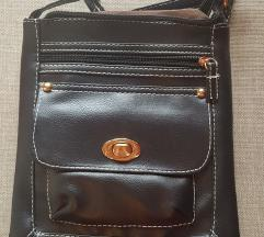 Prodajem skroz novu nikad nošenu torbicu