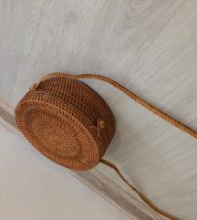 Pletena okrugla torbica