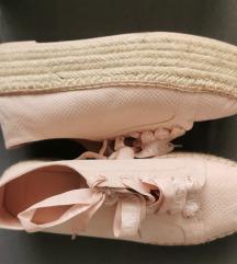 Tenisice/cipele moderne