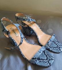 Sandale s uzorkom