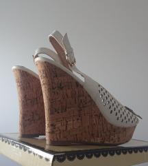 Sandale puna peta visina 13cm velicina 41