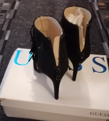 Crna sandale