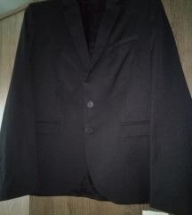 Novi crni sako Varteks