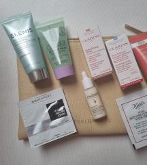 Beauty lot sa kozmetičkom torbicom novo