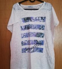 Lagana bijela majica