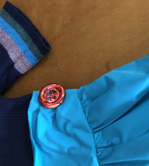 Kombinacija suknja i majica