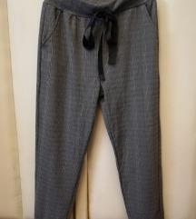 Sive karirane hlače